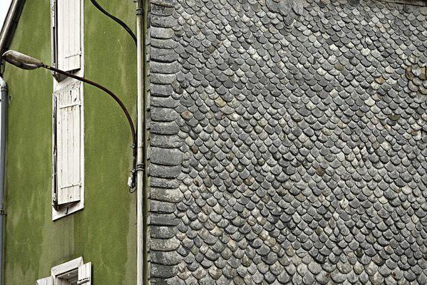 1000 Foix mur ardoise