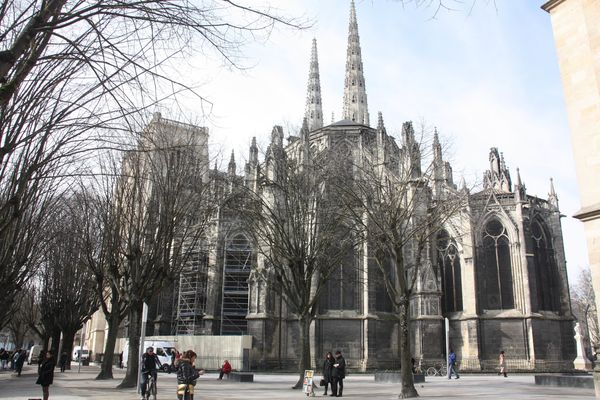 4589-La-cathedrale-St-Andre.jpg