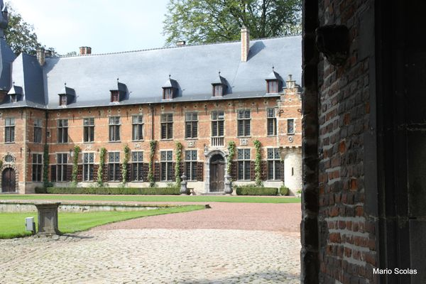 chateau-de-grand-bigard-4646.JPG