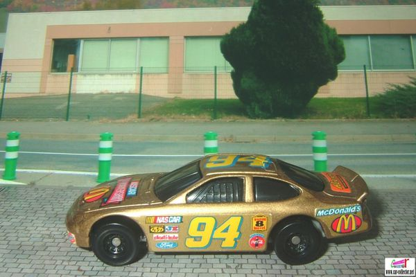 nascar racer 50th anniversary mc donalds 1998 (1)