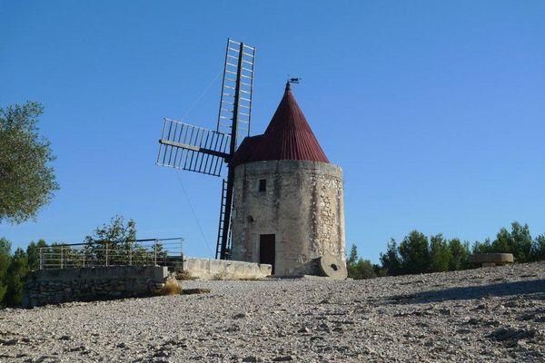 Pays-de-Daudet-3-10-2012-001.jpg