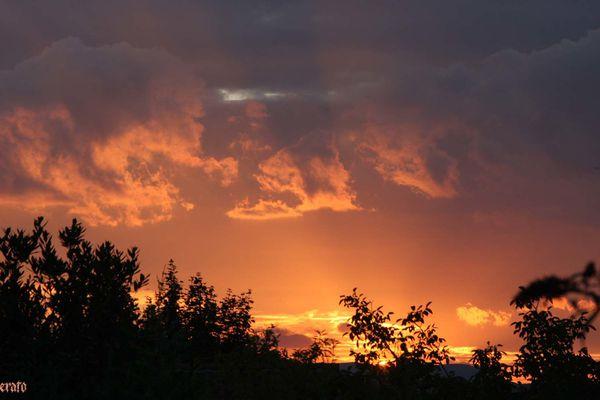 27juillet2011--ciel-du-soir-009.JPG