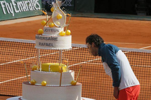 sem13juib-Z15-Souffler-n-est-pas-jouer-Raphael-Nadal-Annive.jpg