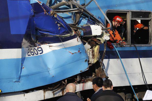sem13juif-Z28-Catastrophe-ferroviaire-Buenos-Aires-Argentin.jpg