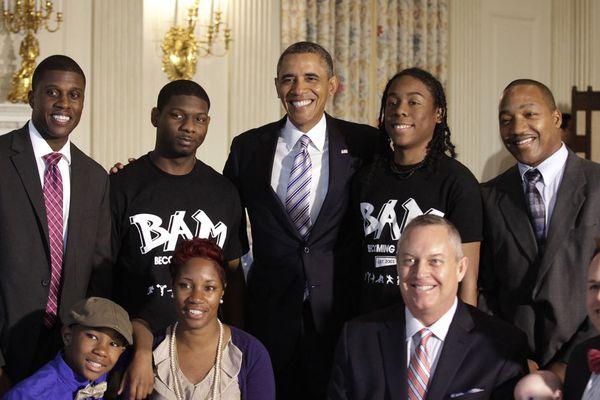sem13juig-Z9-Pere-et-president-Barack-Obama-Maison-Blanche.jpg