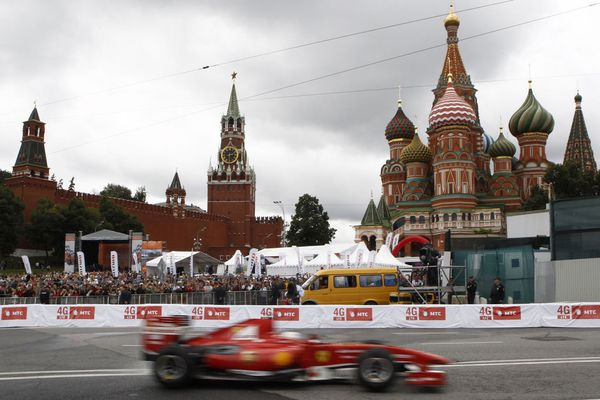 sem13juli-Z30-Un-air-de-grand-prix-a-Moscou.jpg