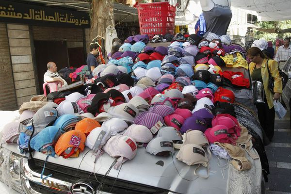 sem13sepe-Z14-Boutique-improvisee-Damas-Syrie.jpg