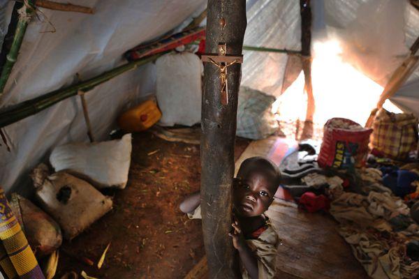 sem13deck-Z9-enfants-dans-la-guerre-Centrafrique.jpg