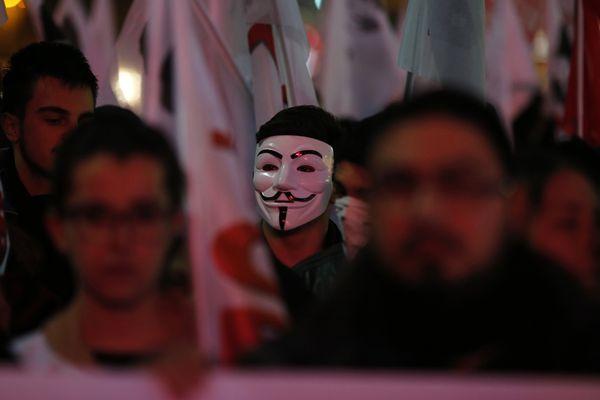 sem13decm-Z8-Anonyme-parmi-la-foule-Ankara-turquie.jpg