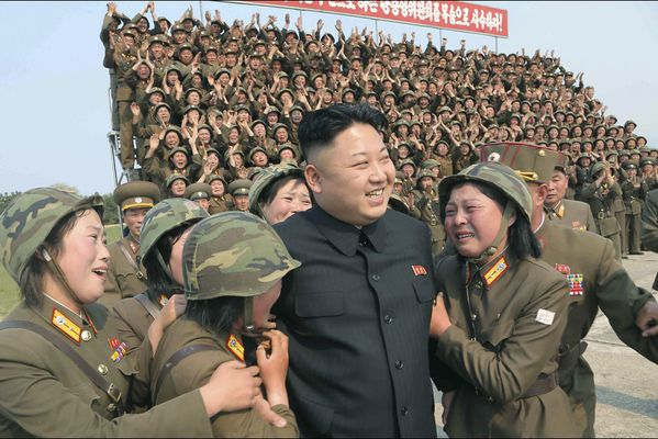 sem14avrl-Z10-Un-homme-a-femmes-kim-jong-un-Coree-du-nord.jpg