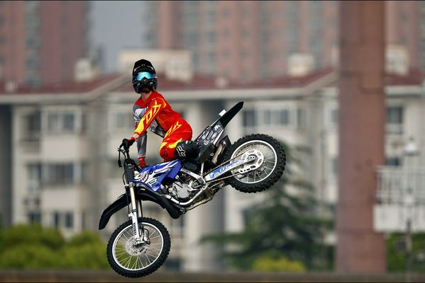 sem14maia-Z6-En-l-air-world-extreme-games-Shanghai-Chine.jpg