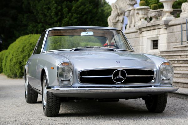 mercedes_benz_230_sl_pininfarina_coupe_1964_101-copie-1.jpg