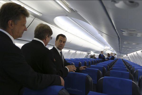 sem14juid-Z14-Inspection-boing-737-dimitri-Medvedev-Aeroflo.jpg