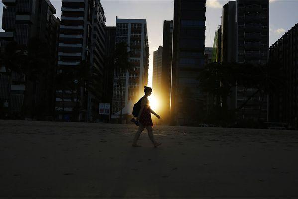 sem14juie-Z3-Au-soleil-plage-Recife-Bresil.jpg