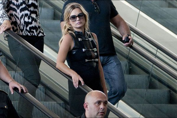 sem14juig-Z2-To-Rome-with-Gucci-Kate-Moss.jpg
