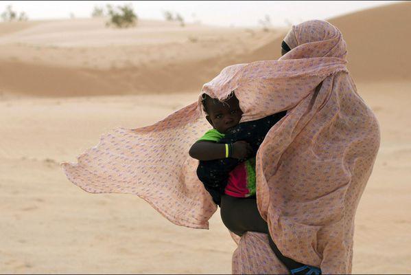 sem14juij-Z7-Dans-le-vent-Nouakchott-Mauritanie.jpg