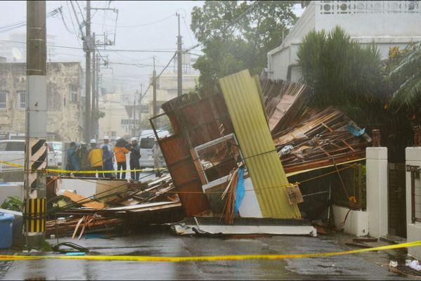 sem14juld-Z17-Dans-l-oeil-du-typhon-Neoguri-Japon.jpg