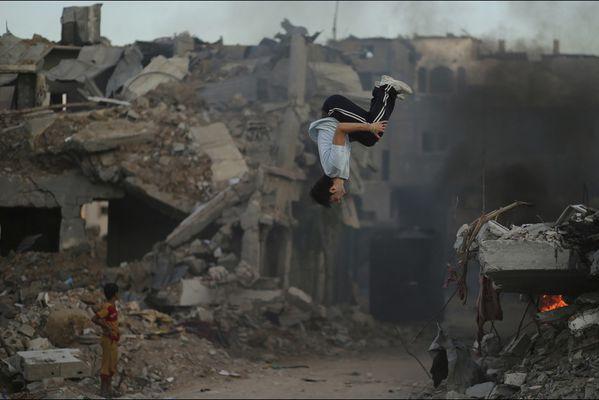sem14octb-Z5-Dans-les-ruines-Gaza-Palestines