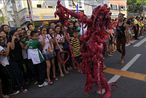 sem14octm-Z10-Zombie-Halloween-Manille-Philippines.jpg