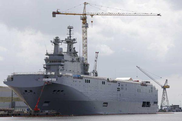 Mistral-Vladivostok-a-Saint-Nazaire-chantiers-navals.jpg