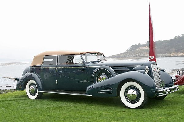 2646_cadillac_v16_452d_fleetwood_convertible_sedan_1934_07.jpg