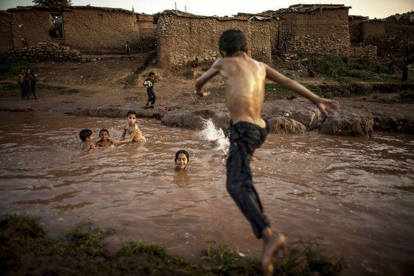 sem13juld-Z18-Jeux-d-enfants-Islamabad-Pakistan.jpg