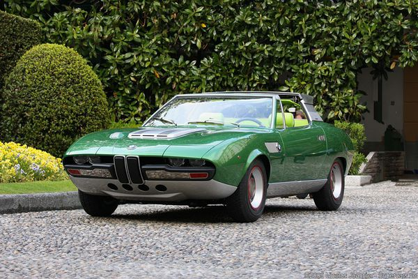 bmw_2800_bertone_spicup_coupe_1969_101.jpg