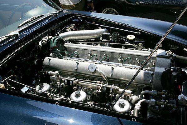 Aston-Martin-DB5-Convertible_9.jpg