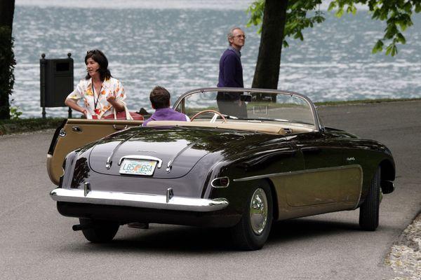 cisitalia_ford_808_xf_vignale_convertible_1952_108.jpg