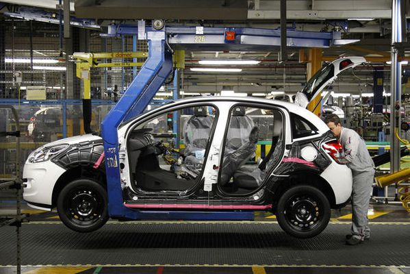 citroen-c3-at-the-psa-peugeot-citroen-plant-in-poissy.jpg