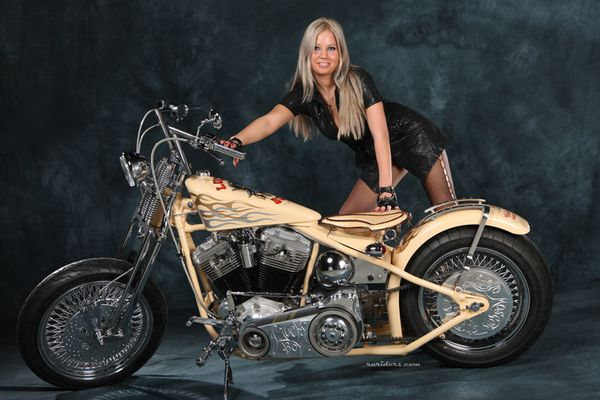 2012 biker chicks hot blonde 007 ruriders.com