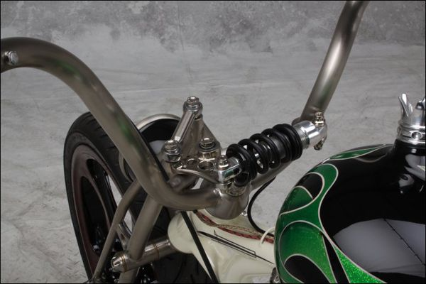 c-up 0350 Lucky Westbury Handcrafted Motorcycles 03
