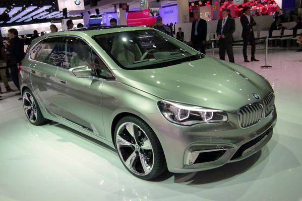 BMW Concept Active Tourer 07