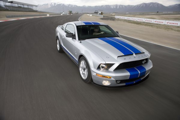 Mustang-Shelby-2008