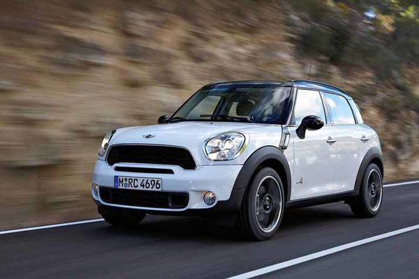 Mini Countryman 01