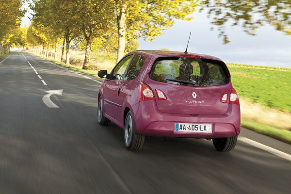 Renault-Twingo-action4