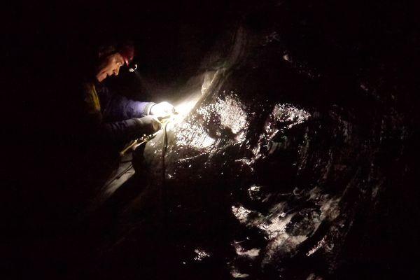 sous la mer de glace -18