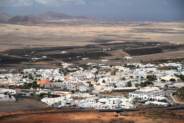 05-1-Teguise
