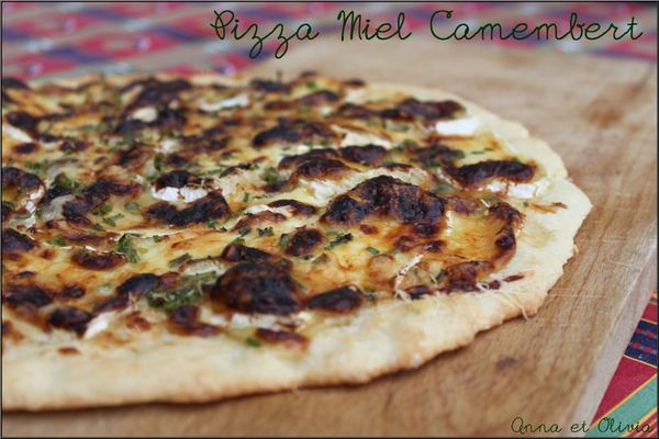 pizza-miel-camembert.jpg