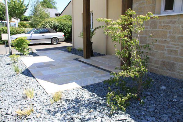 Paysagiste-Arbor-mineral-terrasse-pierre.JPG