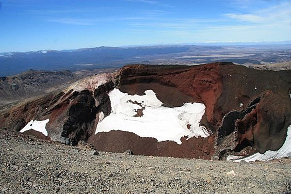 Ave-Red-crater-1.jpg