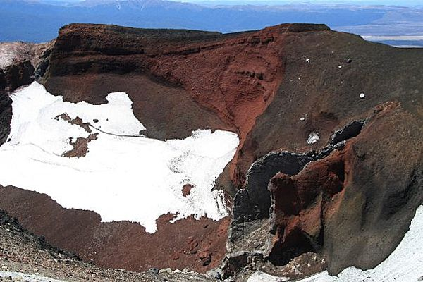 Ave-Red-crater-3-.jpg