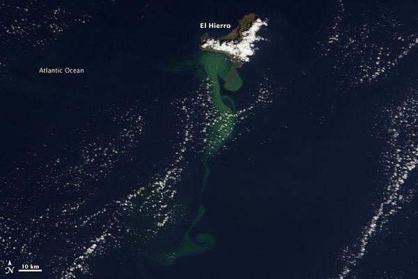 elhierro-Terra-Modis-23.10.2011.jpg