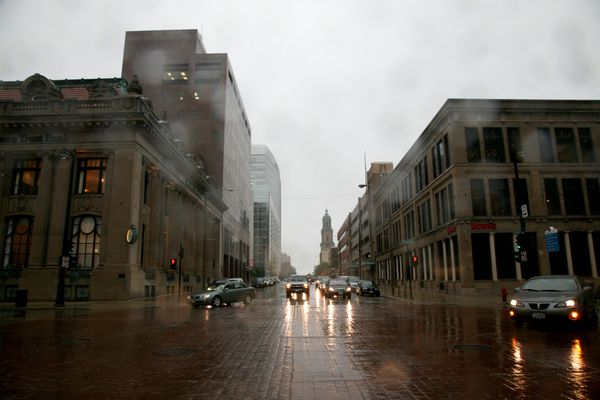Milwaukee---Downtown---Rain 4746B