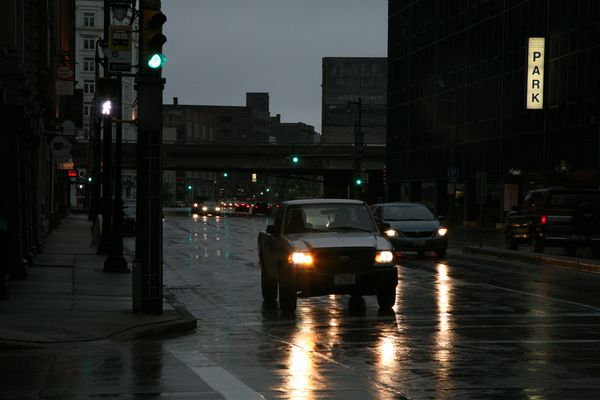 Milwaukee---Downtown---Rain 4855B