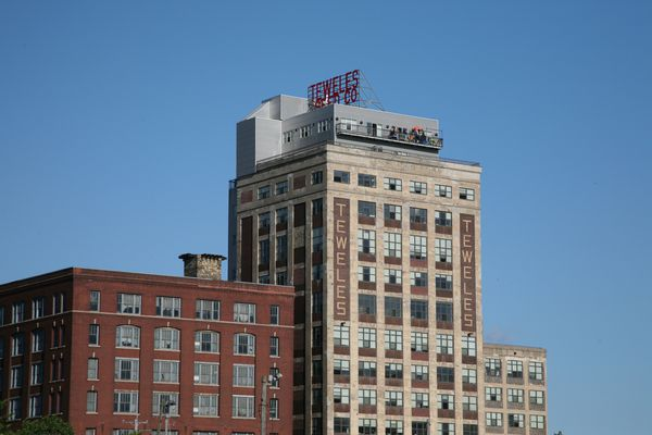 Milwaukee 4264