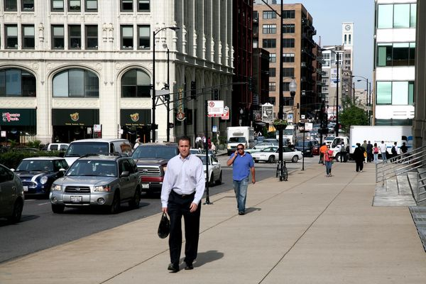 Chicago (ILL) : downtown : pedestrians & workers