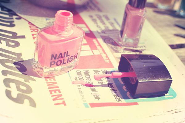 newspaper nails 02