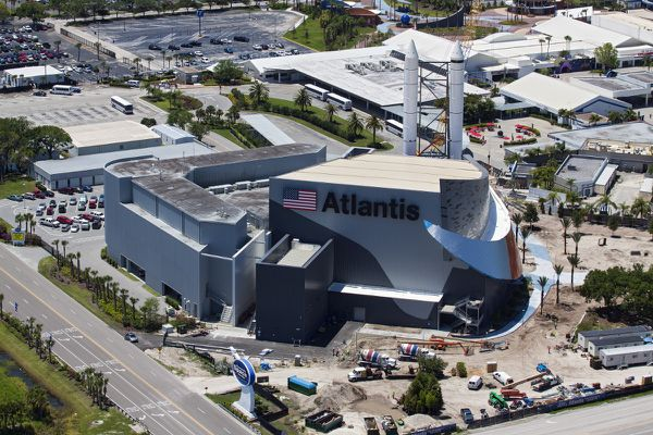 Atlantis - Visitor complex - Kennedy Space Center