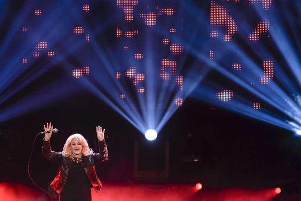 Bonnie-Tyler-Back-School-Gottschalks-grosses-HjeoVoMpI8px.jpg